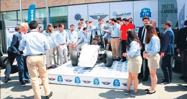 YTÜ öğrencilerinden son model Formula aracı