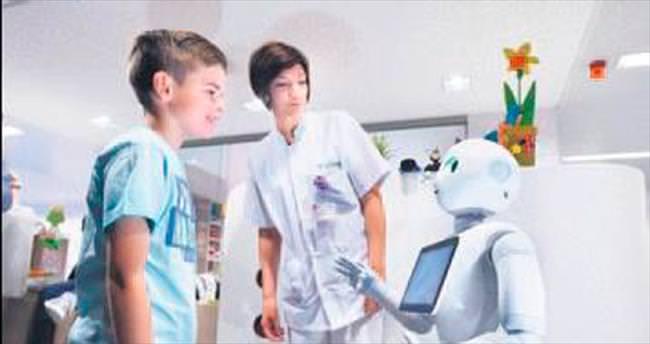 Belçika'da hastaları robotlar karşılayacak
