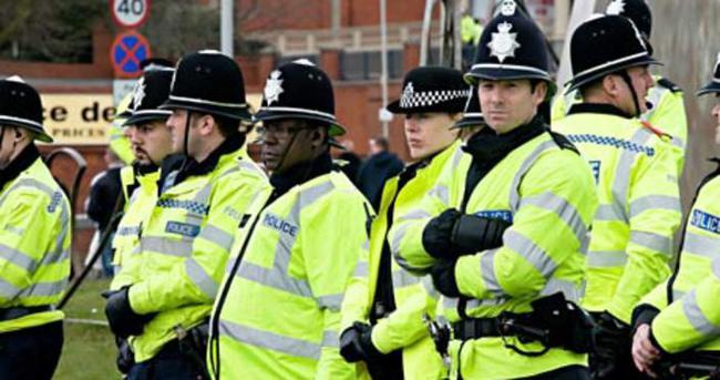 İngiltere'den Fransa'ya polis takviyesi
