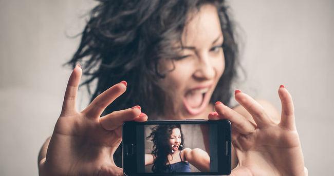 Selfie uğruna burun estetiği!