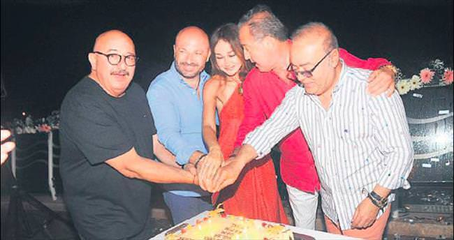 Mustafa Göçen ve dostları doğum günlerini kutladı