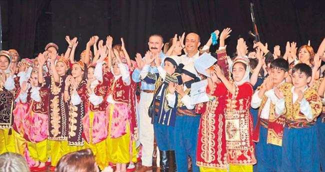 Final Okulları'ndan 'Anadolu' tiyatrosu