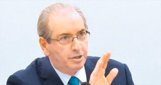 Rousseff'e kumpas kuran Cunha'ya soruşturma