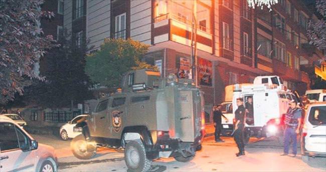 İstanbul'da terör baskını: 15 gözaltı