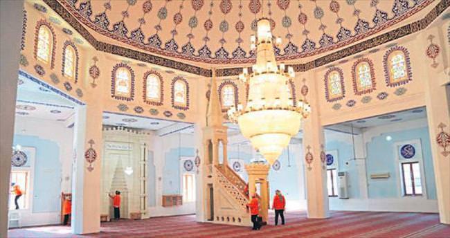 Yüreğir'in camileri ramazanda da temiz