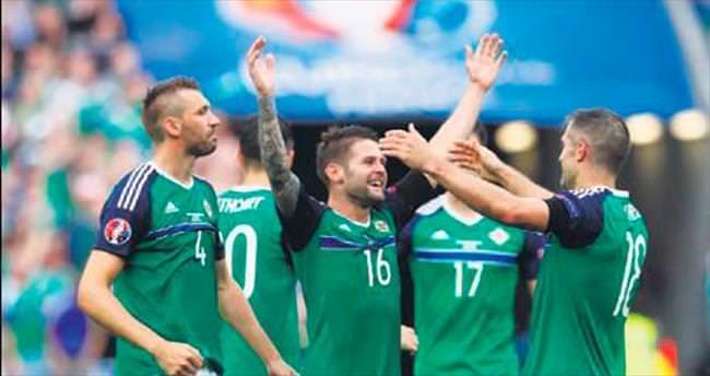 Kuzey İrlanda tarih yazdı: 2-0