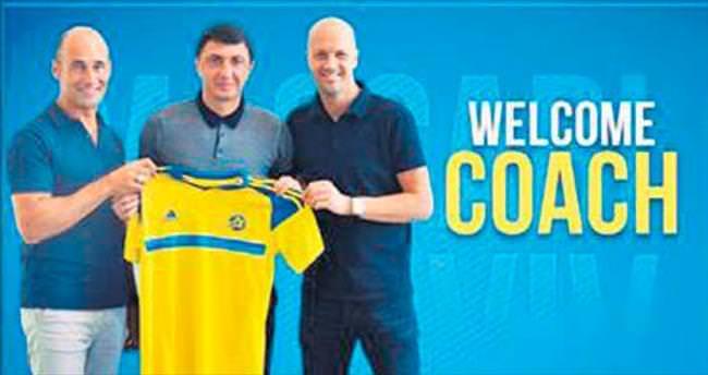 Maccabi'nin yeni hocası Şota oldu
