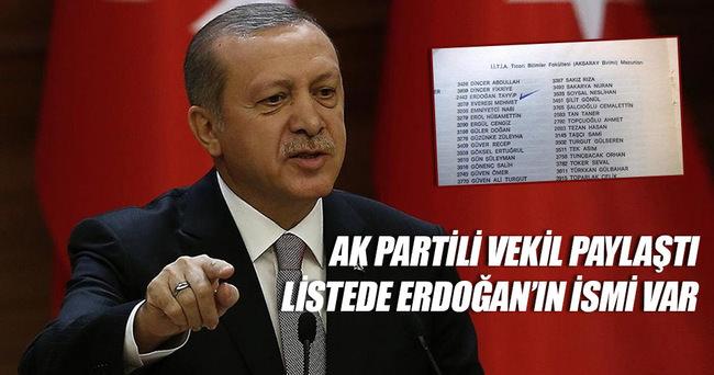 Cumhurbaşkanı Erdoğan'ın adı mezunlar yıllığında