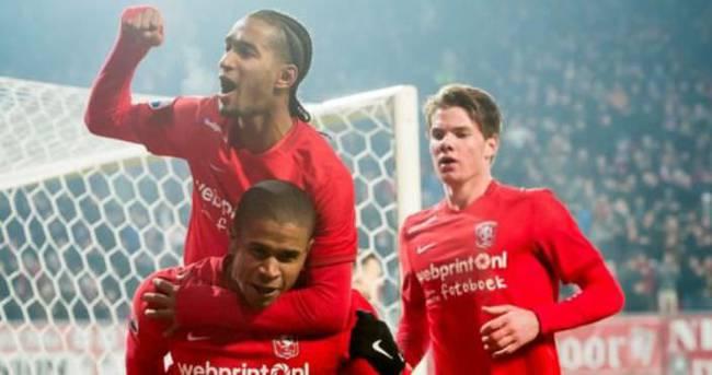 Twente'ye müjdeli haber! Ligde kaldılar...