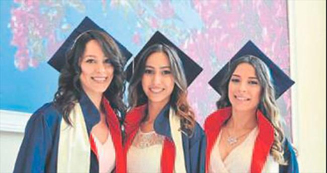 İZÜ'de mezuniyet heyecanı yaşanacak