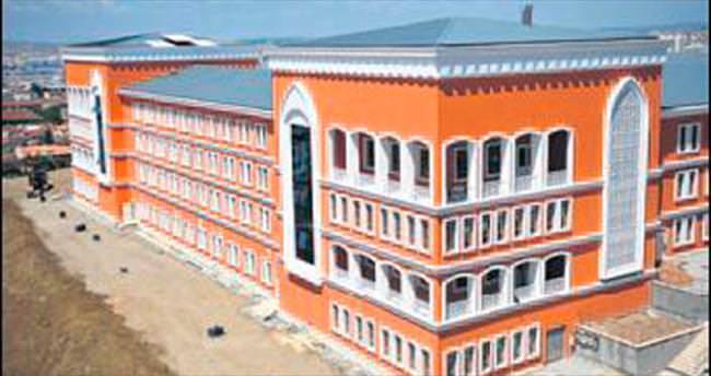 Türkiye'nin en büyük okulu tamamlandı