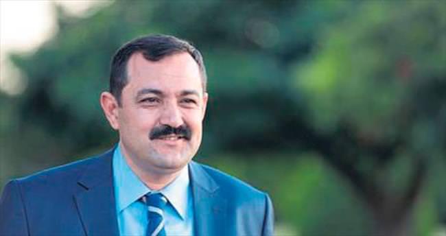 CHP'li Esen kendi partisine vuruyor