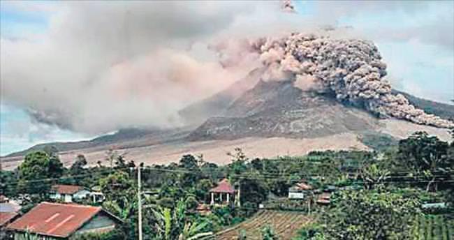 Külleri 1.5 km'ye kadar yükseldi