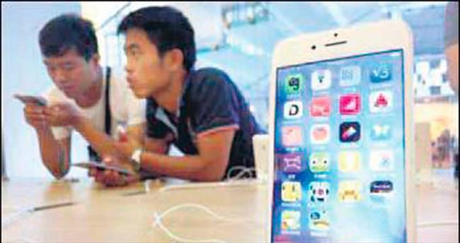 Pekin'de iPhone'a satış yasağı