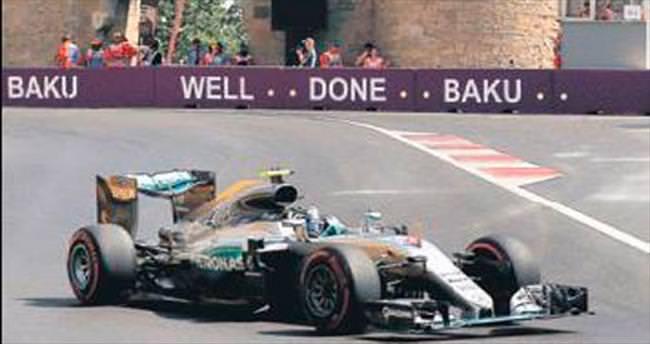 Bakü'de en hızlı zaman Rosberg'in