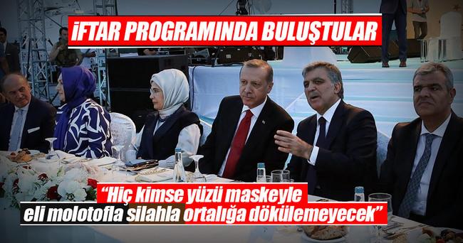 Cumhurbaşkanı Erdoğan: Farklılıkları çatışmaya çevirmek için çalışmalar yapıldığını görüyoruz