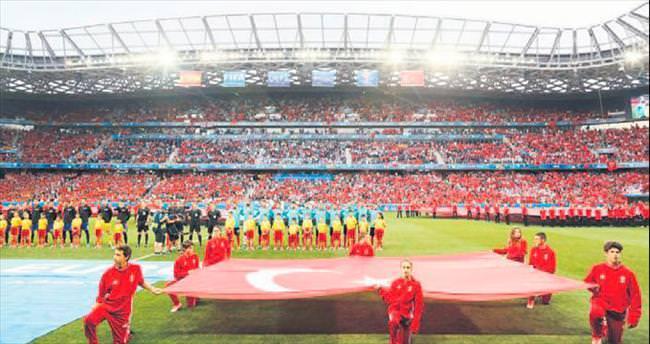 Türkiye'den 4 öğrenci Euro 2016'da