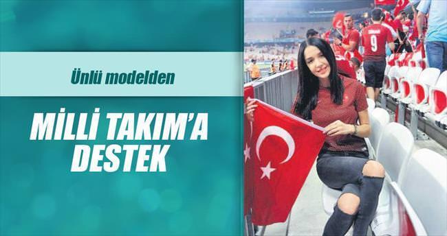 Elif Ece Uzun'dan Milli Takım'a destek