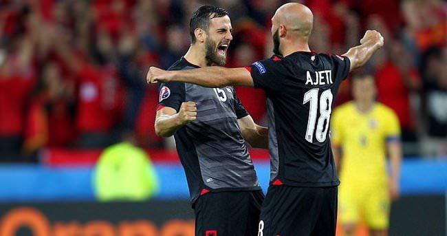 Arnavut stoper için Beşiktaş açıklaması!