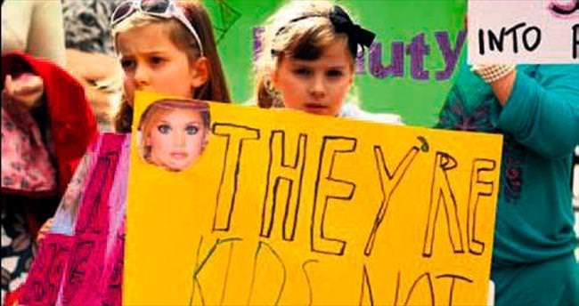 Belçika çocuk güzellik yarışmasını yasakladı
