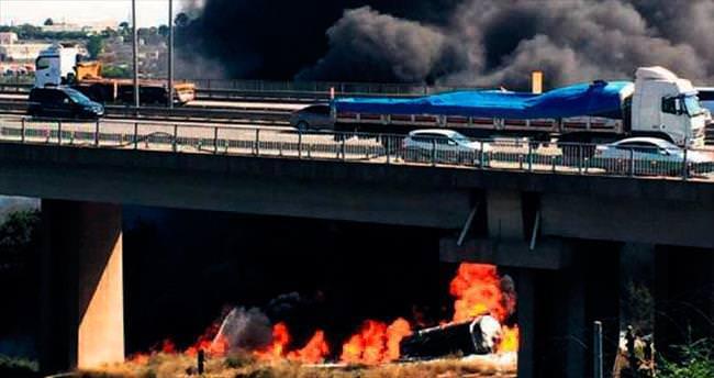 Tanker infilak etti şoför yanarak öldü