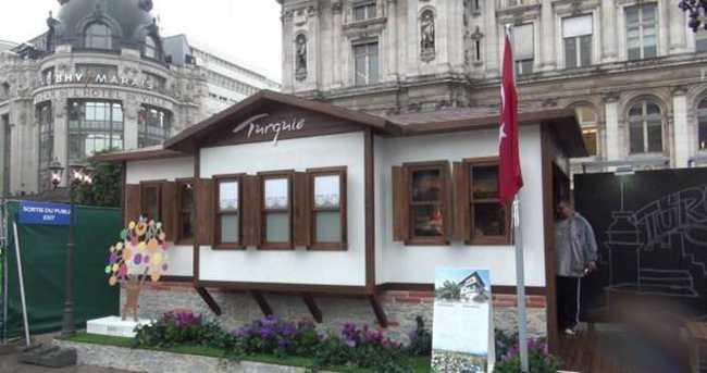 Paris'in Avrupa Meydanı'nda Safranbolu evi