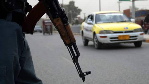 Taliban yol kesip 60 kişiyi kaçırdı
