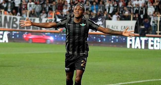 Galatasaray'da Rodallega transferi bitti