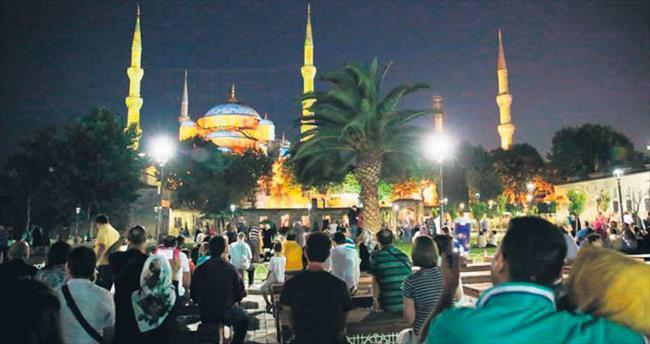Sultanahmet Camisi'nde 'mapping' teknolojisi