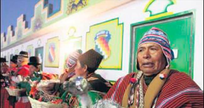 Bolivya, 3508 yıl ileri gidecek