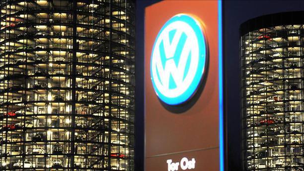 Volkswagen'e emisyon skandalında rekor fatura!