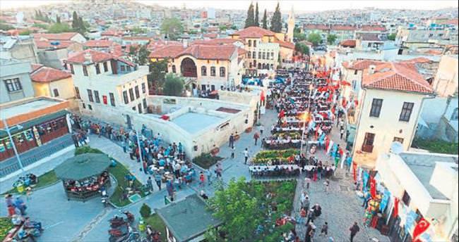Gaziantep'te 3 bin kişilik sofra