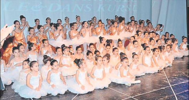 Bale ve dans sayesinde okulun sınıfı yenilendi