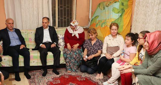 Bakan Çağatay Kılıç ihtiyaç sahibi aileleri ziyaret etti