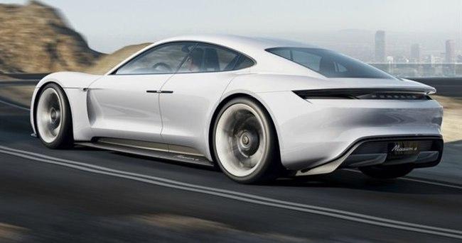 Porsche'den Tesla'ya salvo!