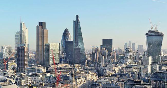 Şirketler Londra'yı gözden geçiriyor