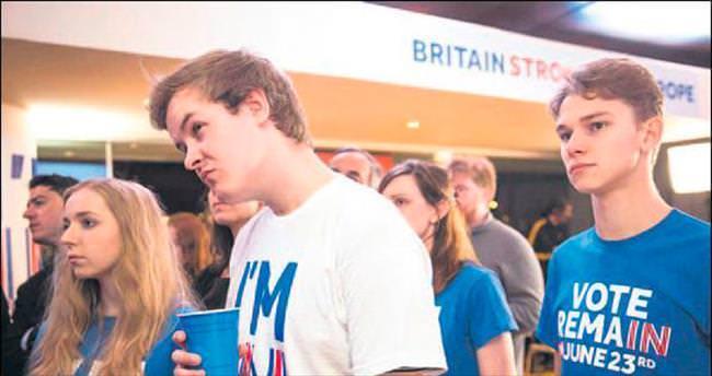 Gençlerden Brexit isyanı: Dedelerimizin ihaneti