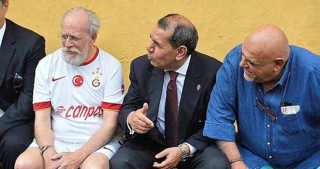 Galatasaray'dan istifa açıklaması