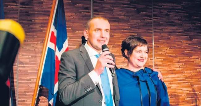 İzlanda'ya tarihçi başkan