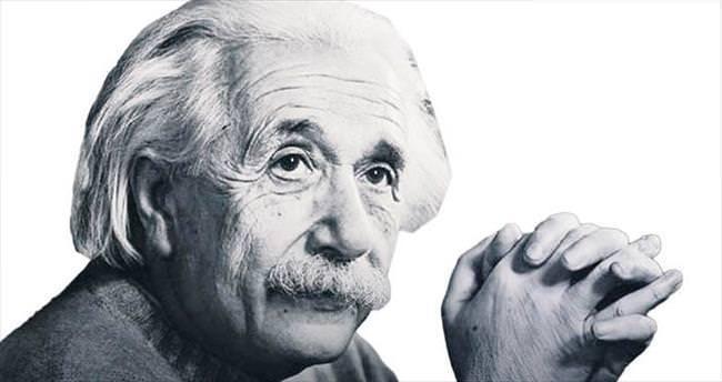 Einstein'ın kuramı, evren modellemesi
