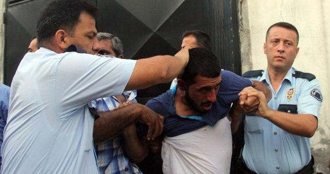 Yankesicileri linçten polis kurtardı