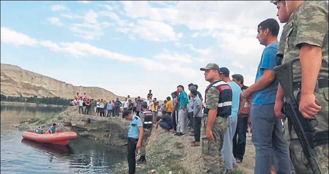 Nizip'te Fırat Nehri 2 can aldı