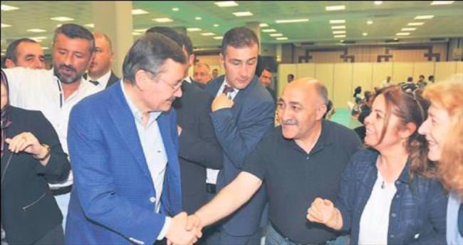AK Parti il teşkilatı iftarda bir araya geldi