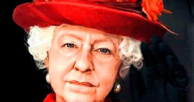 Makyaj kadını kraliçe bile yapar!