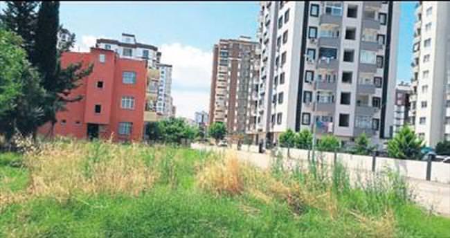 Seyhan'da Pınar Mahallesi sakinleri hizmet bekliyor