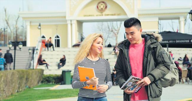 Yabancı öğrenciden 3.2 milyar dolar