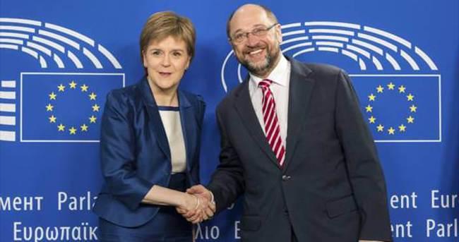 İskoçya Başbakanı Sturgeon: AB'den ayrılmak istemiyoruz