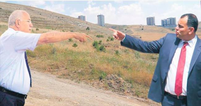 2 CHP'li belediye arsa kavgasında