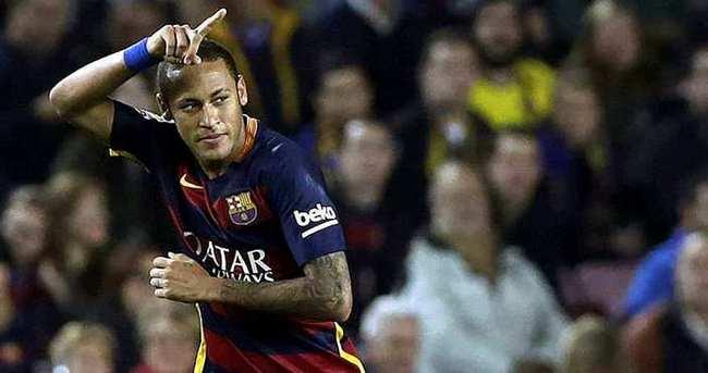 Barcelona Neymar'ı bırakmıyor