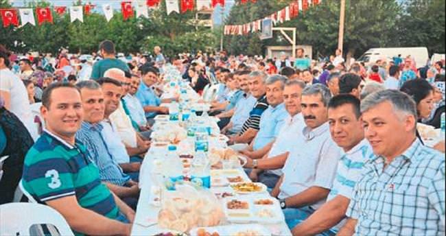 AK Parti yönetimi tam kadro iftarda